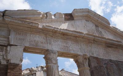 Il Portico d'Ottavia: storia e curiosità